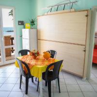 CAMERA MATRIMONIALE APPARTMENTO BILOCALE 2 - RESIDENCE PER FAMIGLIE RIVA DEI PINI